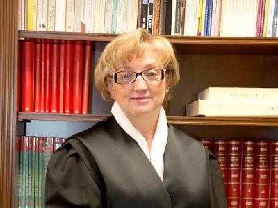 Olmos Ortega, María Elena