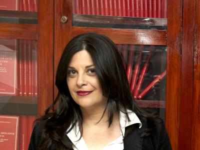 Lloria García, Paz